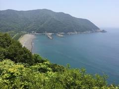 ひょっとん峠から間越海岸(はざこかいがん).jpg