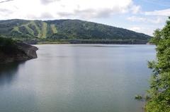 ピリカ湖ダム側.jpg