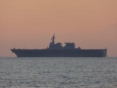 ヘリコプター搭載護衛艦 (DDH)ひゅうが(DDH-181).jpg