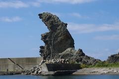 三谷漁港獅子岩2お父さん.jpg