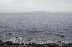 伊豆高原の少し南の伊豆大川付近から伊豆大島.jpg