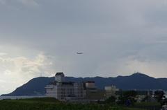 函館空港着陸7箱館山.jpg