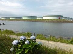 喜入(きいれ)JX日鉱日石石油基地.jpg