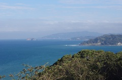 大房岬展望台から鋸山.jpg