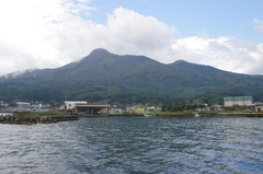 大湊港から釜臥山(かまふせやま)2.jpg