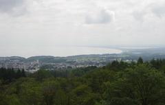 天都山からオホーツク知床半島.jpg