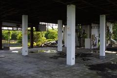 室展望台廃屋1.jpg