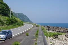 室戸岬へ果てしなく続く道路.jpg