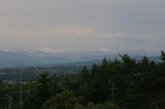 岩内グリーンパークより遠くの山が夕焼け.jpg