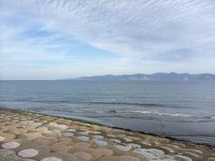 平館海水浴場から下北半島先っぽ雲がきれい.jpg