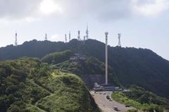 弥彦山山頂テレビ塔ほか.jpg