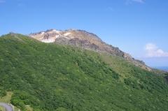 恵山5登る途中の展望台から.jpg