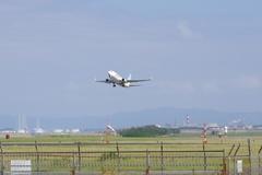 新潟空港AirDo737-2.jpg