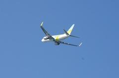 新潟空港AirDo737-5.jpg