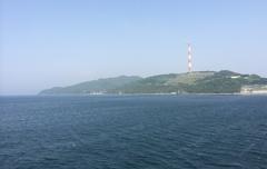 晴れた日はこの煙突が佐田岬から見える.jpg