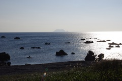 松前町より渡島小島.jpg