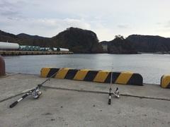 松崎港で釣り.jpg