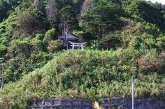 松浦展望台から白神神社.jpg