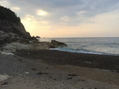 田万川キャンプ場の先のビーチ.jpg