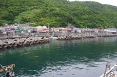 由良半島魚神山漁港.jpg