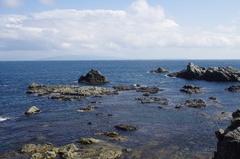 白神岬津軽半島が近い.jpg