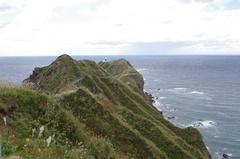 神威岬灯台の先が.jpg