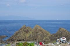 竜飛崎中腹から北海道白神岬.jpg