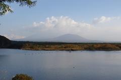 精進湖から富士山.jpg