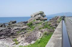 羽根岬ワンコ岩.jpg