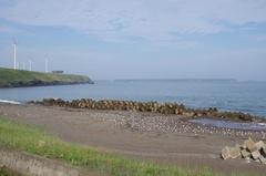落石海岸よりユルリ島モユルリ島.jpg