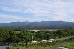 道の駅 十三湖高原から津軽半島東の山々.jpg