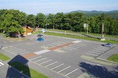 道の駅 十三湖高原展望台から駐車場.jpg