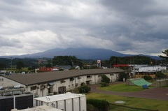 道の駅 象潟(きさかた)から鳥海山.jpg