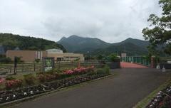道の駅きんぽう木花館から金峰山.jpg