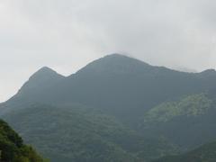 道の駅きんぽう木花館から金峰山山頂.jpg