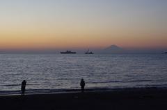 館山湾と富士山とカップル.jpg