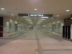駅前地下道3.jpg