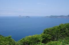 高茂岬駐車場から 北方向 島が5つ.jpg