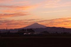 鳥海山7夕焼け.jpg