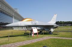 F-16戦闘機.jpg