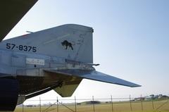 F-4EJ改尾翼とアレスティングフック.jpg